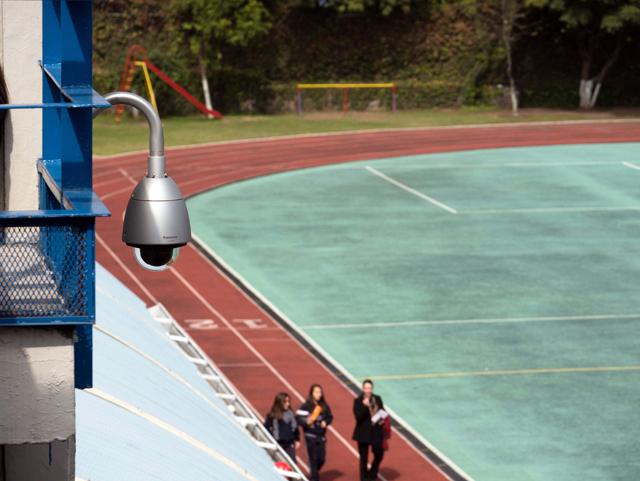 Panasonic-B2B-en-Liceo-Mexicano-Japones-Videovigilancia-01